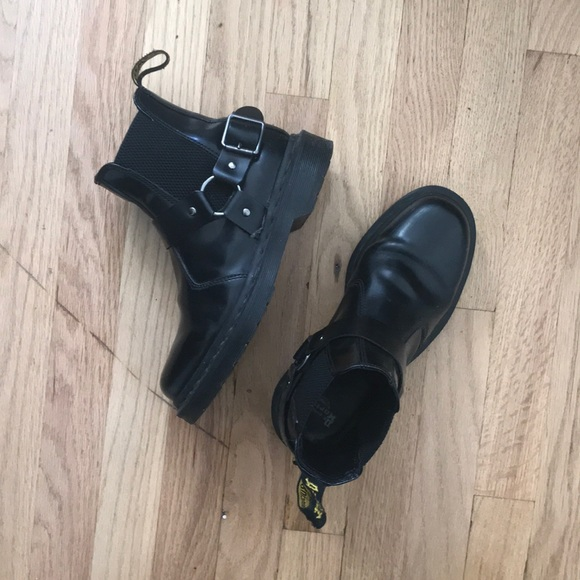 7b0ee818f Dr. Martens Shoes - DO NOT PURCHASE!! Dr. Marten Wincox Chelsea Boots